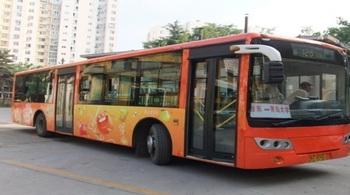 青岛公交车广告