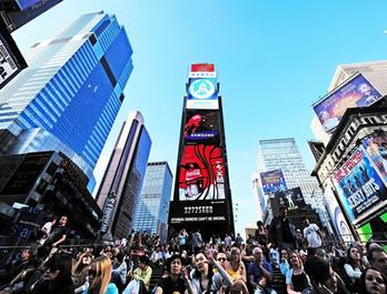 美国纽约时代广场LED大屏广告
