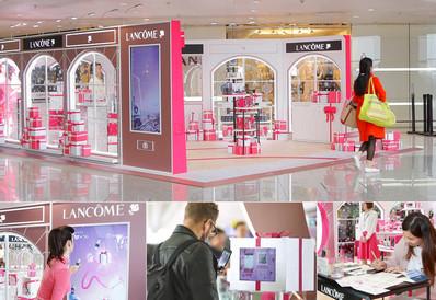 香港机场出发免税区品牌体验区展位广告