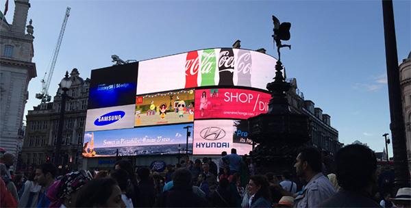 皮卡迪利户外LED广告