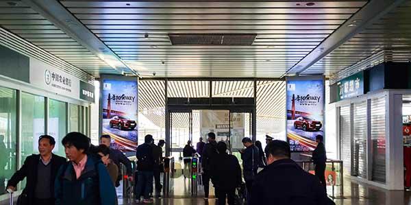 济南高铁站候车大厅灯箱广告都有哪些媒体价值?  第5张
